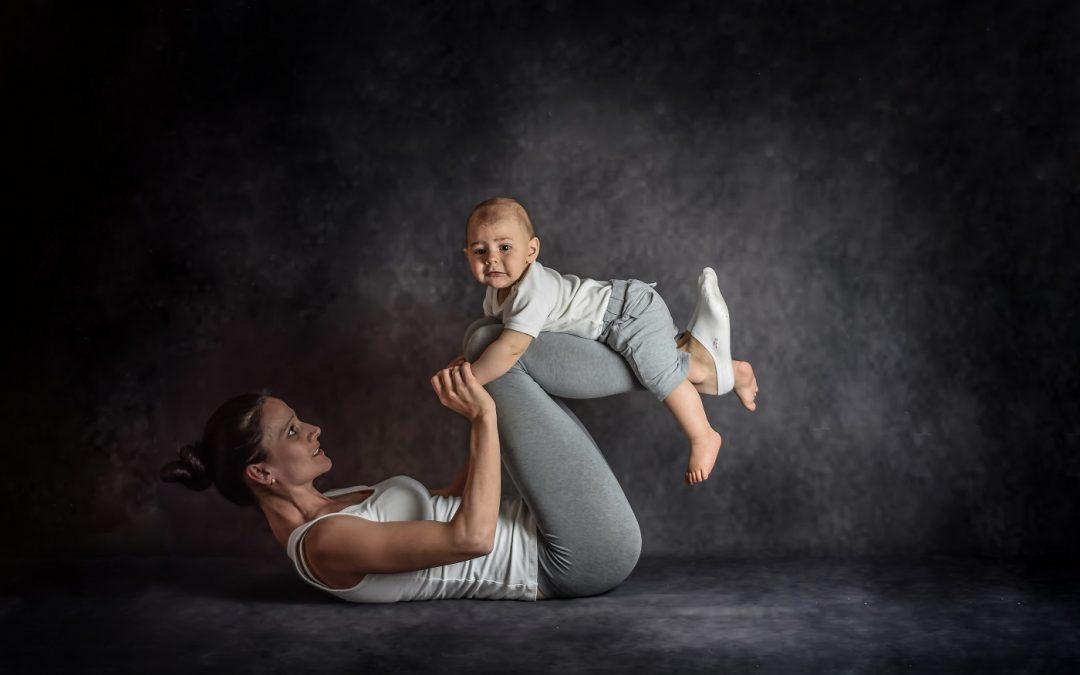 Baba mellett is fitten – Így segít a gyógytorna a szülés utáni időszakban!